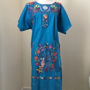 Mexican Folk Floral Hand-Embroidered mumu
